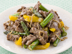 アスパラと牛肉の中華風炒め