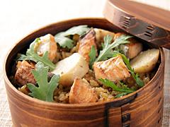 秋鮭と里芋の炊き込みご飯