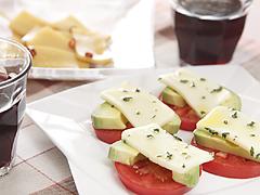 漬けて楽しむおつまみチーズ2種